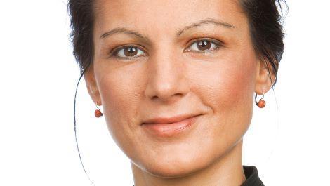 Portrait der Politikerin und Autorin Sahra Wagenknecht